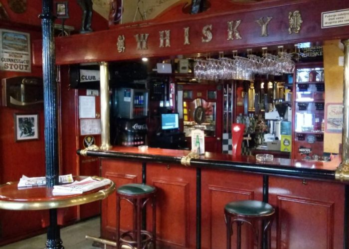 Pub club D