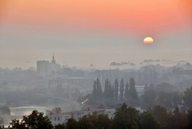 Grad u magli