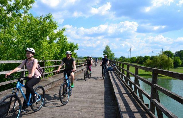Bicikli Karlovac Korana drveni most